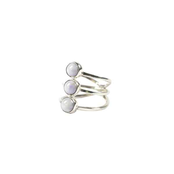 Simbolica lila jade ring met drie steentjes zilver