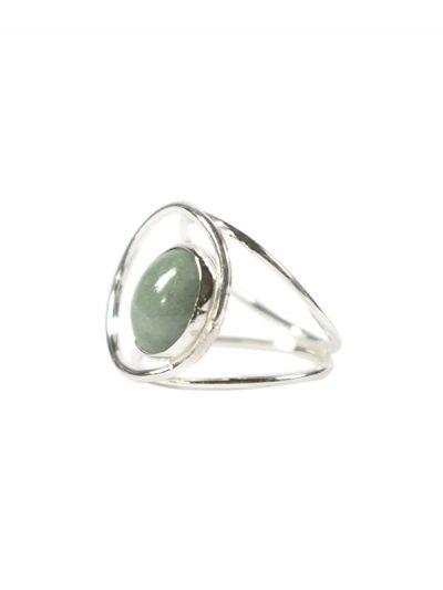 Simbolica zilveren ring lichtgroen jade oog