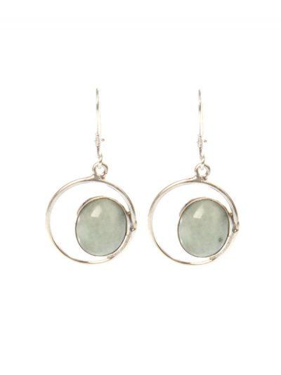 Simbolica zilveren oorhangers met lichtgroen oog van jade