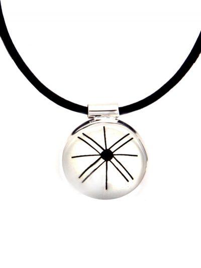 Simbolica hanger medicijnwiel symbool met lederen ketting