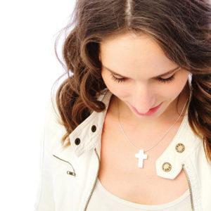 Zilveren hanger symbool geloof